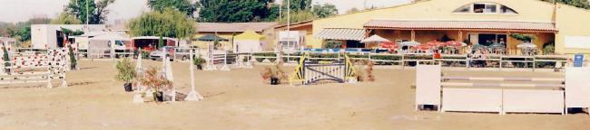 centre equestre a nimes